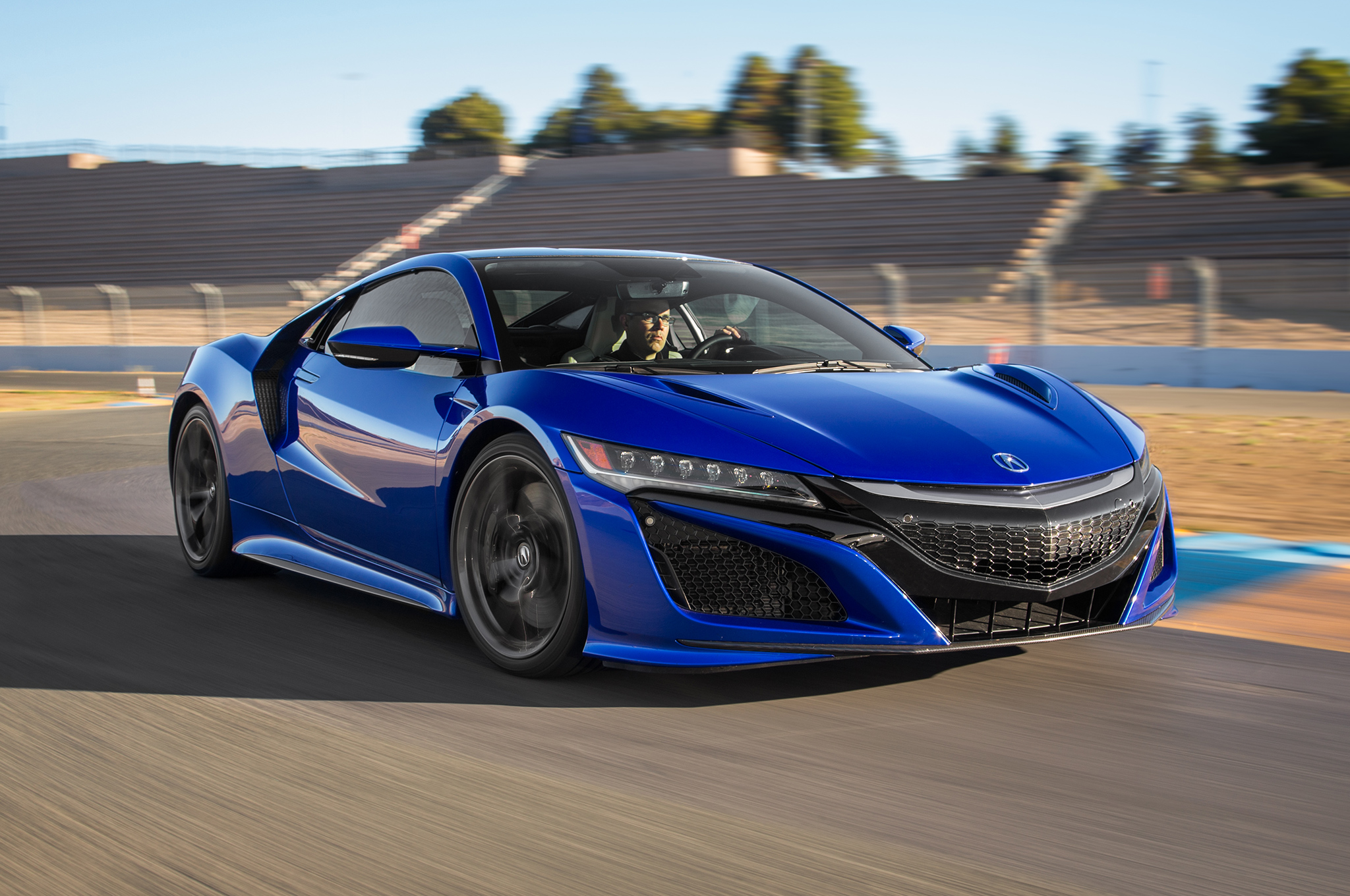 2017-Acura-NSX-front-three-quarter-motion3 – ReviewStories