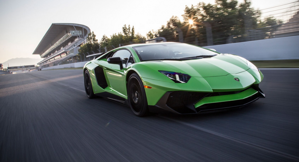 2017 Lamborghini Aventador Sv 1024x555 Reviewstories