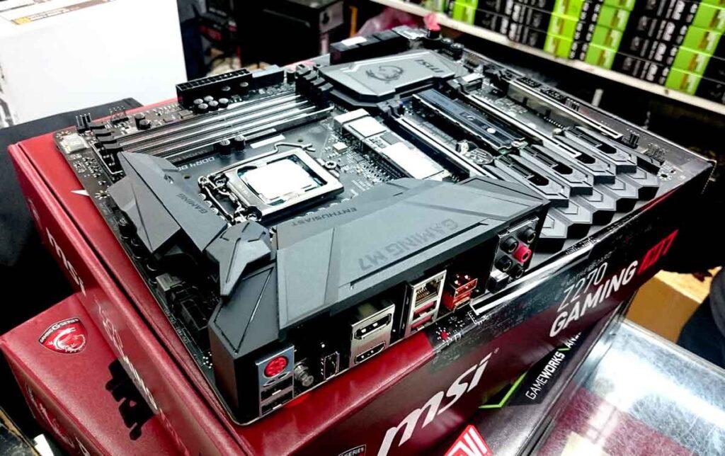 budget motherboard for i7 9700k