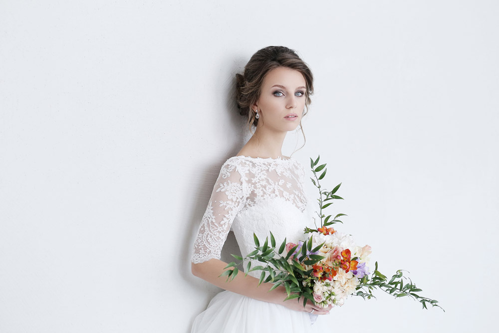 Choose the Right Bridal Hairstyle